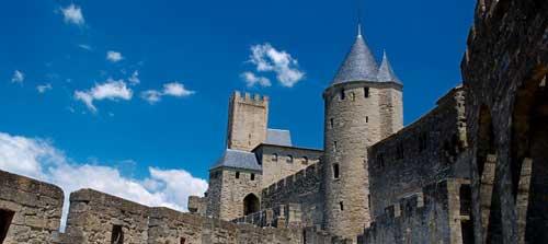 porte d'aude cité de carcassonne accueil gite la fenouillette