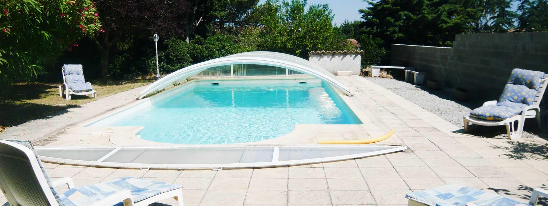 grande piscine privée