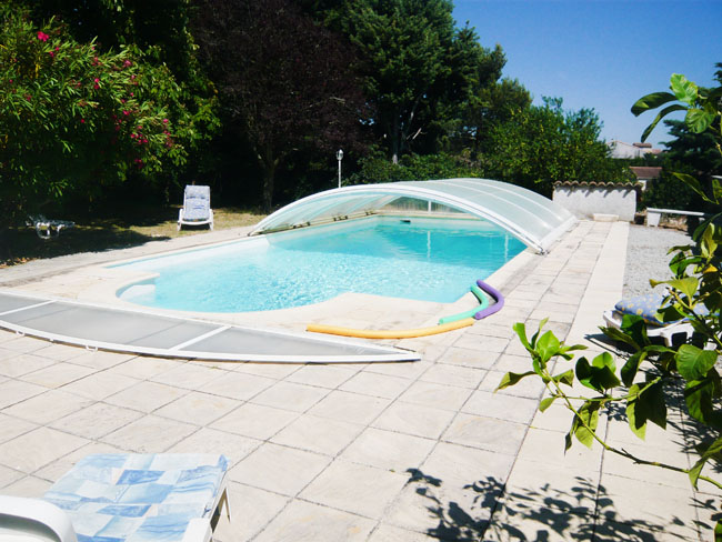 piscine couverte location carcassonne
